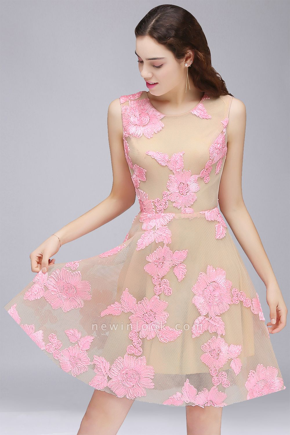 CORDELIA | Princess Knee-length Tulle Quince Dama Dress with Pink Lace Appliques