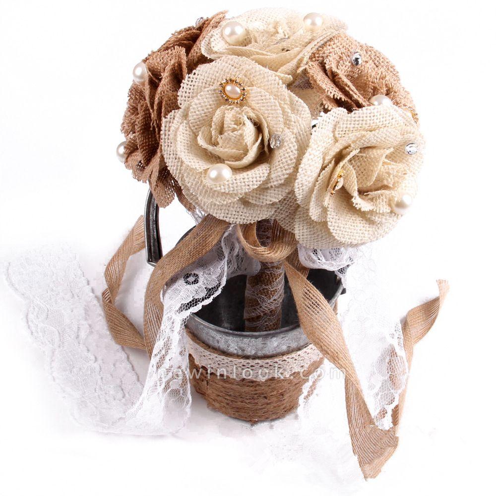 Bouquet marrón para boda con cuerdas de cinta