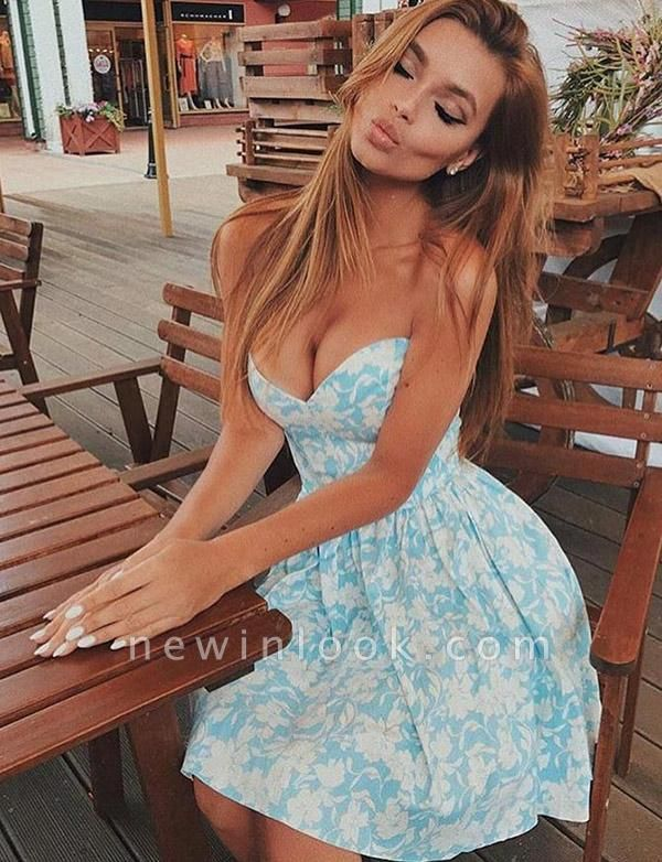 Cheap Hot Quinceanera Floral Print Romantic Sweetheart Short Sweet 16 Dama Dress