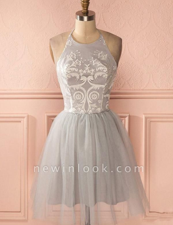 Glamorous Halter Tulle Quinceanera Appliques Backless Dama Dress