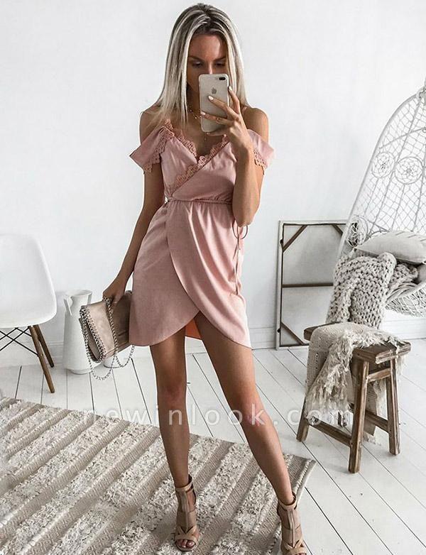 Encantador cortos vestido de regreso a casa | con una línea de encaje correas espaguetisy cintas