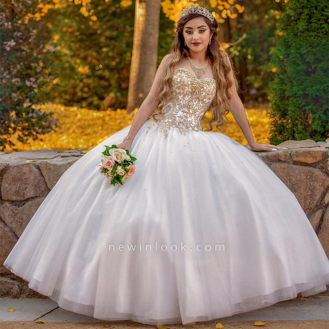 Sweetheart Gold Appliques Sleeveless White Quinceanera Dress