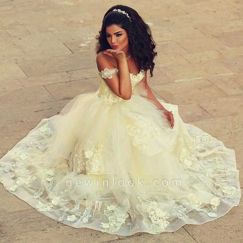 Off-the-shoulder Lace Appliques Tulle Floor Length Quinceanera Dresses