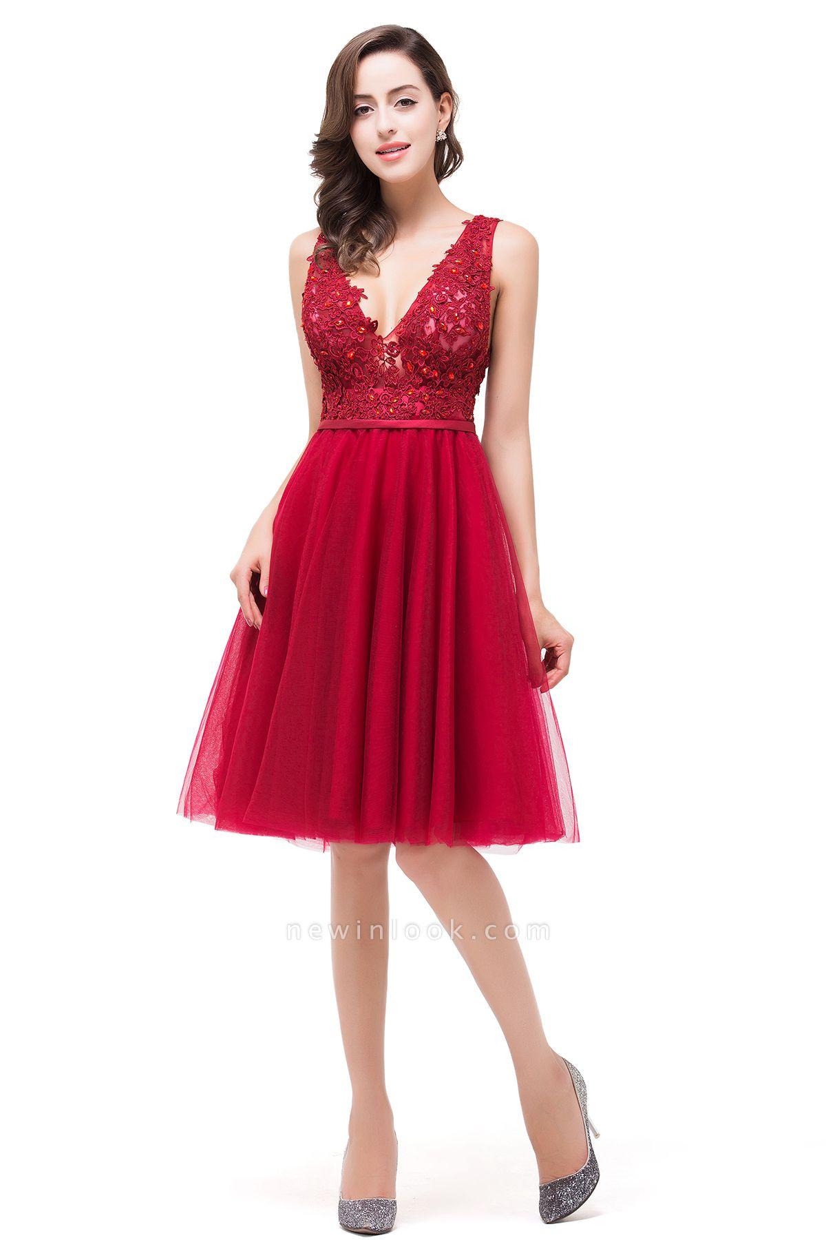 EVIE | Quinceanera Deep-V Neck Sleeveless Short Dama Dresses with Appliques