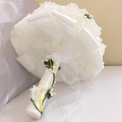 White Rose Quinceanera Bouquet with Small Flowers_4