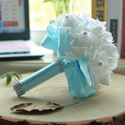 White Silk Quinceanera Bouquet with Rainbow Handles_9