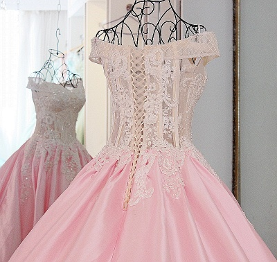 Off-the-Shoulder Sweetheart Appliques Quinceanera Dress_4