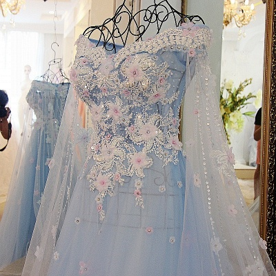 Off the Shoulder Appliques Sweetheart Quinceanera Dress_3