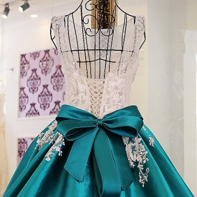 Exquisite Jewel Appliques Beading Quinceanera Dress_3