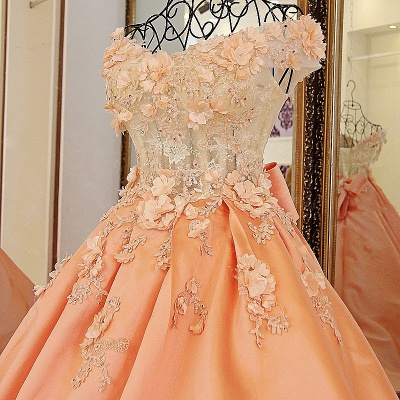 Chic Sweetheart Sleeveless Quinceanera Dress with Flowers_3