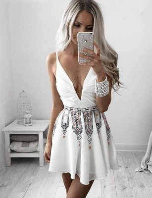 ñnico mini vestido de fiesta sin mangas | con cuello en V bordado con cuello en V_1