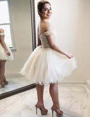 Mini vestido de regreso a casa | con apliques de tul A-Linea de moda_3