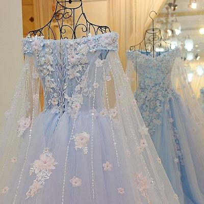 Apliques florales Vestidos de quincea_era | con cuello en v de Watteau A-linea_3