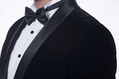 Cuello de terciopelo negro traje premium personalizado para hombre | El último traje de boda del novio del botón del dise_o uno_5