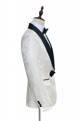 White jacquard Chinese knot button custom suit | Shawl Collar 3 Piece Formal quinceanera Chambelanes Tuxedos_5