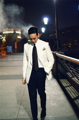 Elegant White Wool Double-Breasted Tailor Quinceanera Tuxedos | New Arrival 3 Pockets Peak Lapel Fit Chambelanes Suit_4