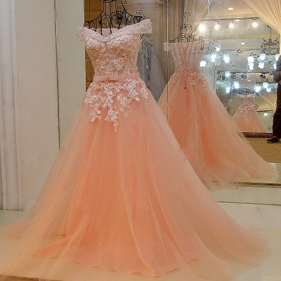 Off-the-shoulder Tulle Appliqued Long Quinceanera Dresses_5
