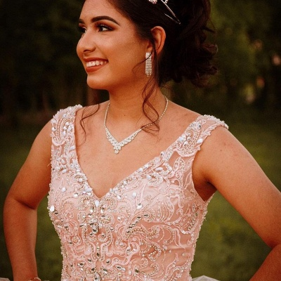 Gorgeous V-neck Appliques Ball Gown Quinceanera Dresses | Beadings Ball Gown XV Dresses_4