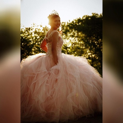 Gorgeous V-neck Appliques Ball Gown Quinceanera Dresses | Beadings Ball Gown XV Dresses_2