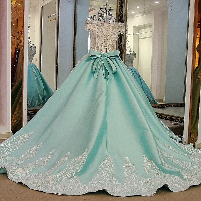 Appliqued Off-the-shoulder Long Ball Gown Quinceanera Dresses_1