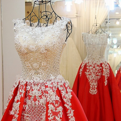 Lace Appliques Beading Sleeveless Red Quinceanera Dresses_3
