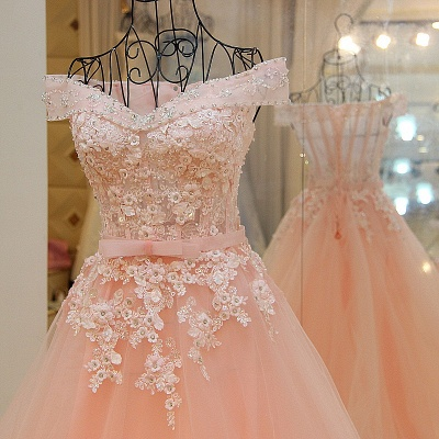 Off-the-shoulder Tulle Appliqued Long Quinceanera Dresses_2