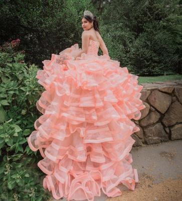 Elegante capa sin mangas con volantes perlas vestido de quinceañera rosa_8