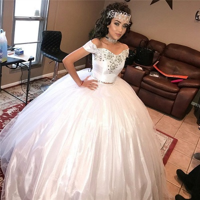 Off-the-shoulder Beading Two-piece Ball Gown White Quinceanera Dresses_1