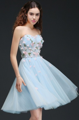 CLEMENTINE | Princess Sweetheart Knee-length Sky Blue Quince Dama Dress with Lace-up Back_4