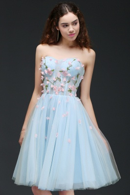 CLEMENTINE | Princess Sweetheart Knee-length Sky Blue Quince Dama Dress with Lace-up Back_5