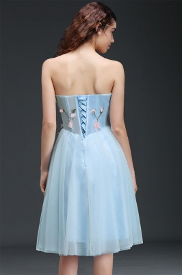 CLEMENTINE | Princess Sweetheart Knee-length Sky Blue Quince Dama Dress with Lace-up Back_3