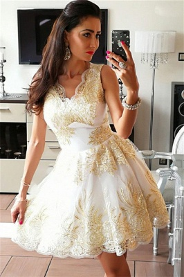 Glamorous Sleeveless Sexy V-Neck Short Dama Dresses | 2019 Gold Appliques Quince Dama Dresses Cheap_1